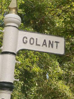 signpost for golant village